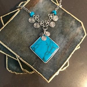 (3 for $15) Turquoise howlite statement necklace